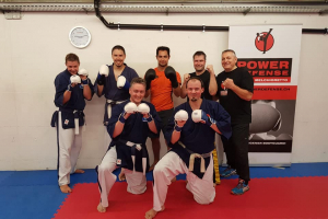 Gasttraining bei PowerDefense Kickboxing Academy